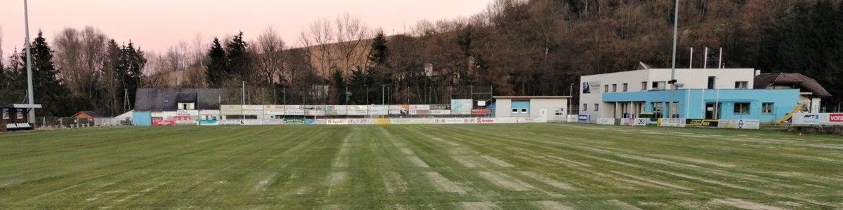 Spielfeld-Sanierung im Winkelfeld