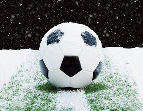 soccer-ball-snow-1